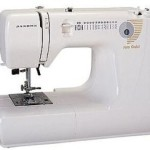 Janome Jem Gold 660 12-Stitch Lightweight Compact Sewing Machine